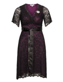 Kiyonna Lace dress with brooch Black / Purple